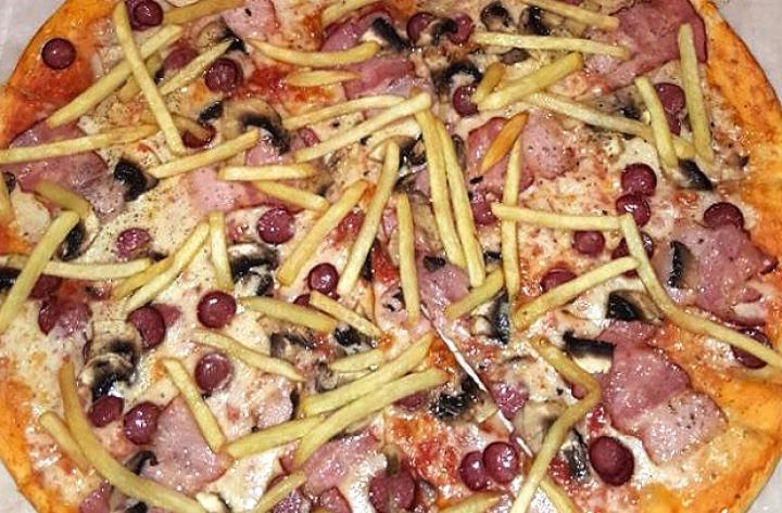 Пицца с фри с колбасой Доставка Буча Ирпень Гостомель Ворзель
